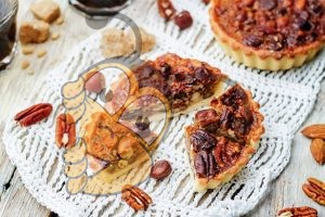 Медовый хрустящий пирог с орехами