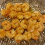 Жареные креветки с апельсином и мёдом