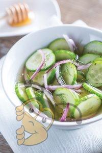 Медово-огуречный салат