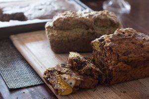Вишнево-ягодный хлеб