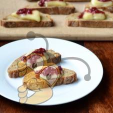 Фруктовый бутерброд с медом