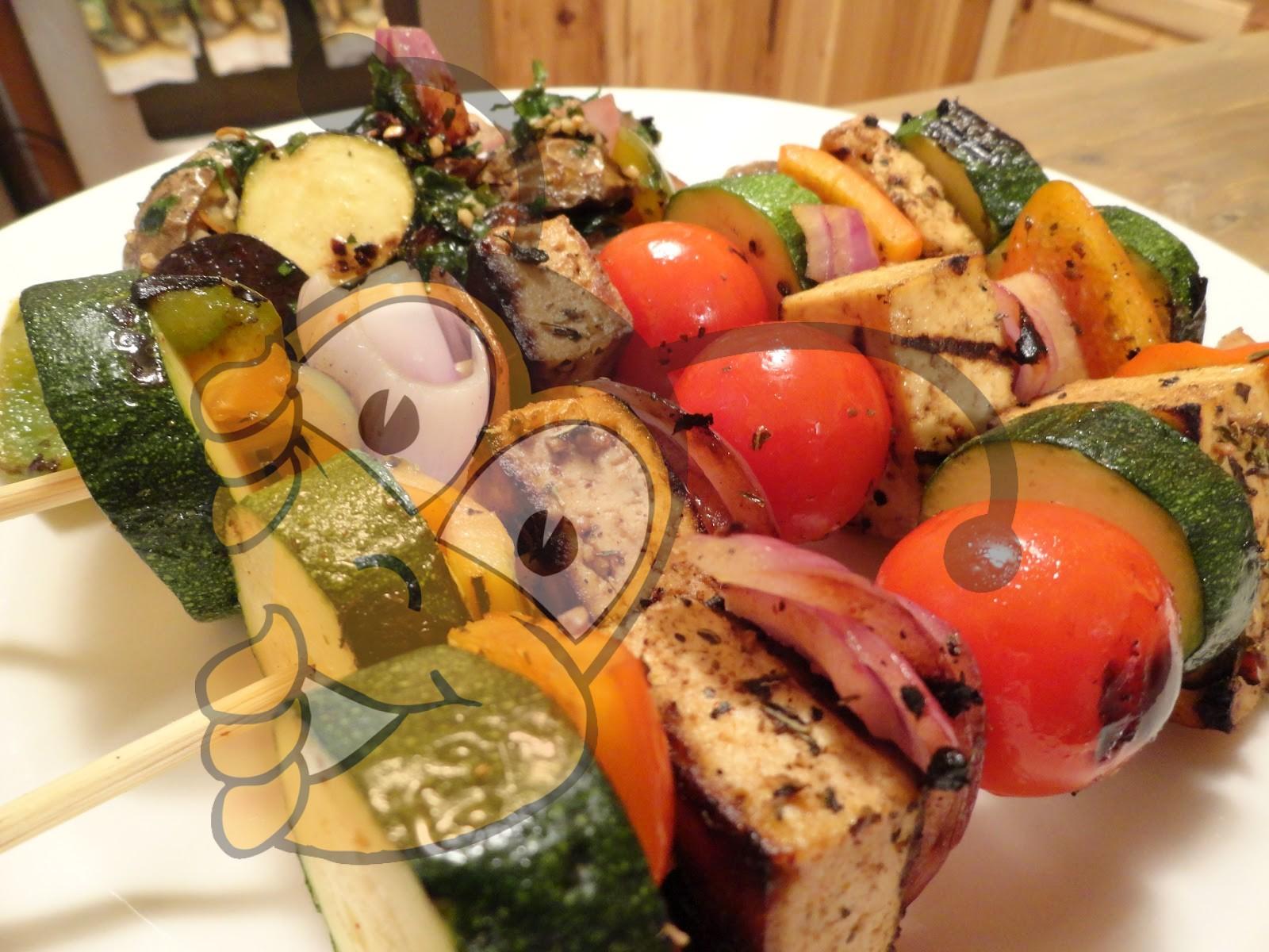Жареные овощи на шпажках