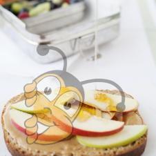 Закуска с яблоками